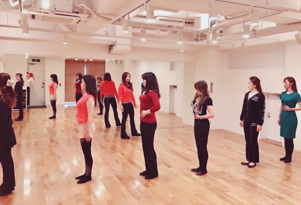 日本女性姿勢協会養成講座イメージ01