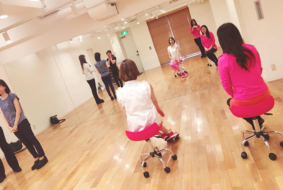 日本女性姿勢協会養成講座イメージ04